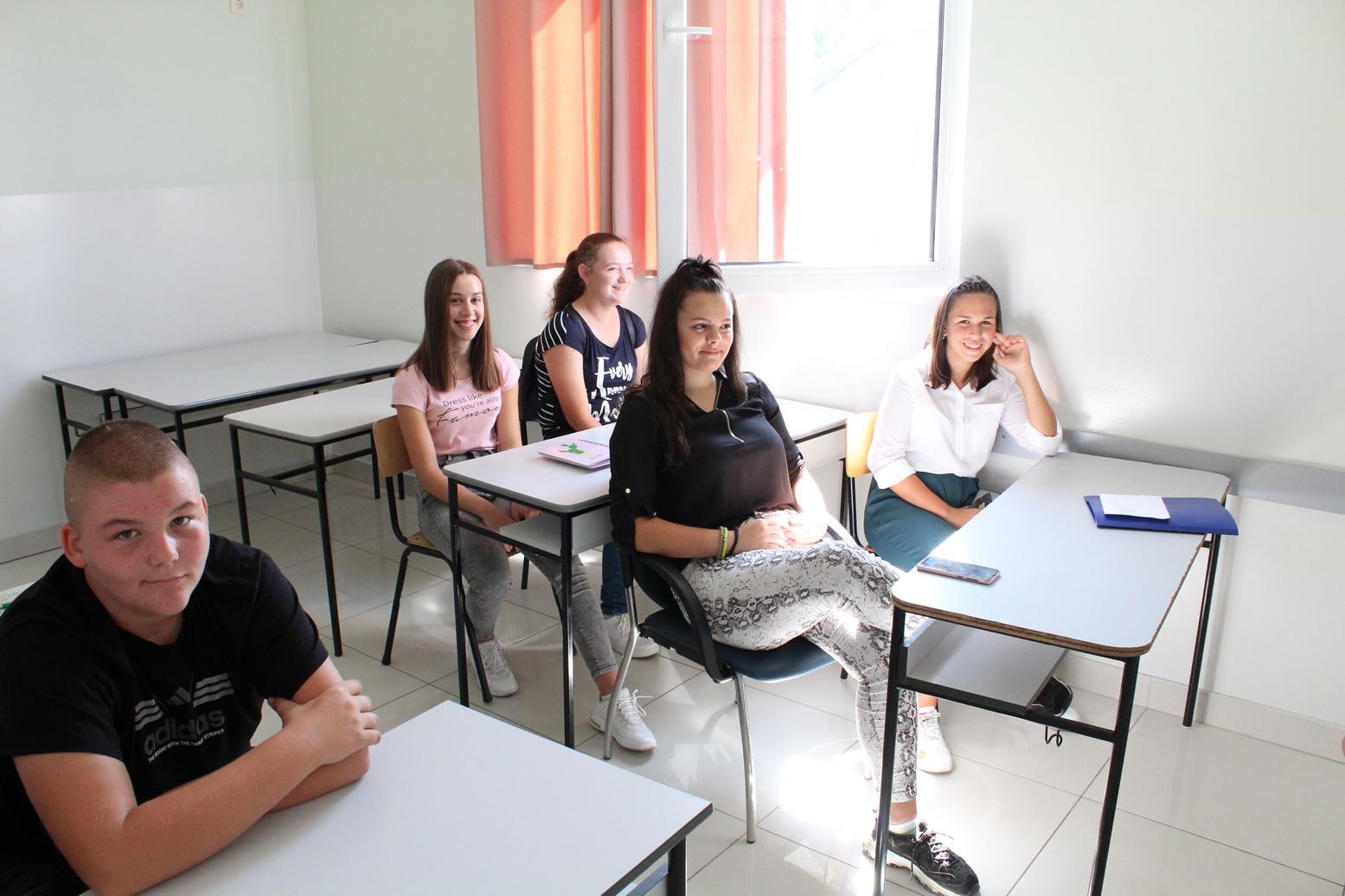 Medicinska škola Hipokrat.07