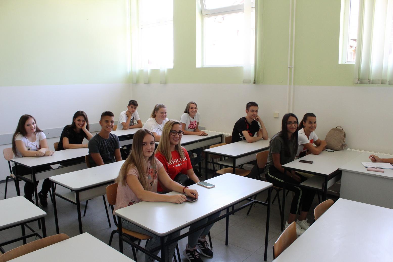 Medicinska škola Hipokrat.12